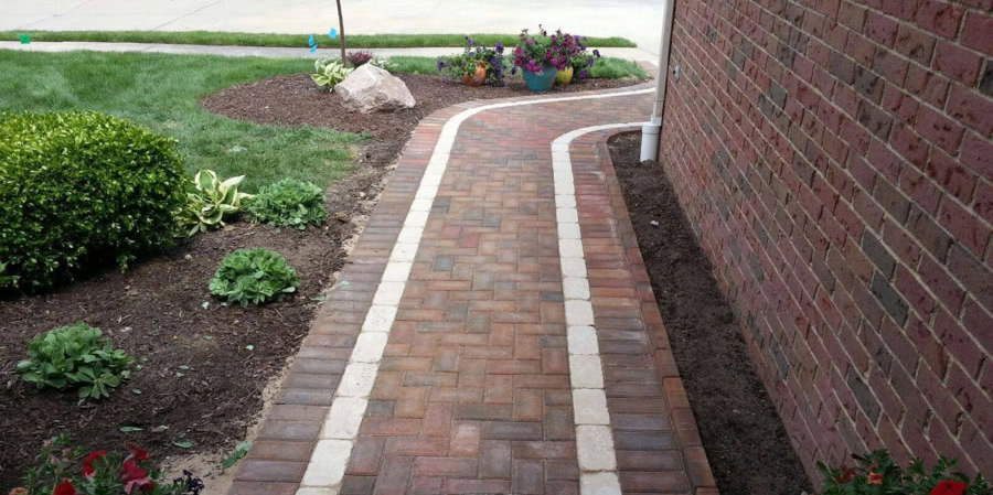 Shelby Twp Brick Paver Contractor Discusses Walkways